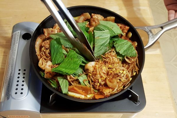 kongnamul bulgogi - spicy bean sprouts pork bulgogi
