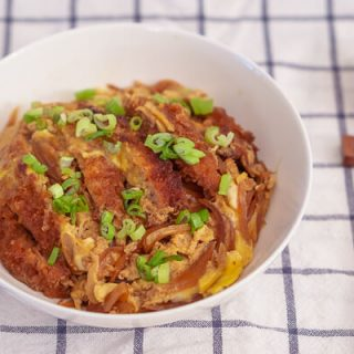 Katsudon (Pork Cutlet Over Rice) – Baek Jong Won
