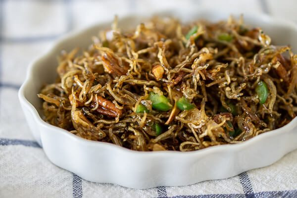 Myulchi Bokkeum (Korean Stir-fried Anchovies) - from Soo-mi's Side Dishes