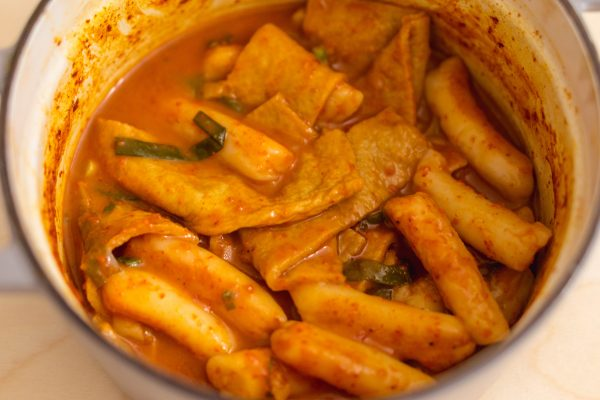 Simple Tteokbokki (Spicy Korean Rice Cakes)